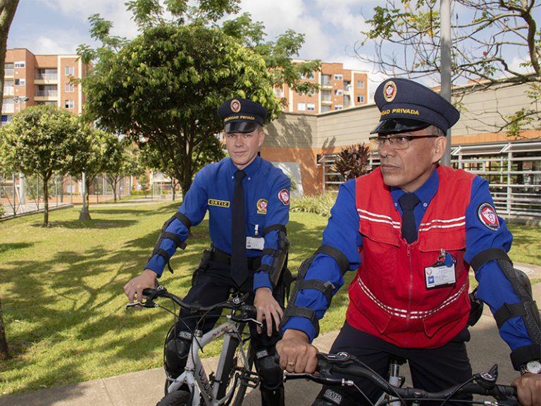 bg-servicio-seguridad humana-coordinar-bicicleta